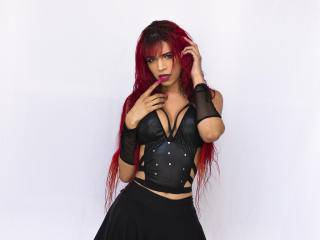 LauraChannel - 23years old, Latin