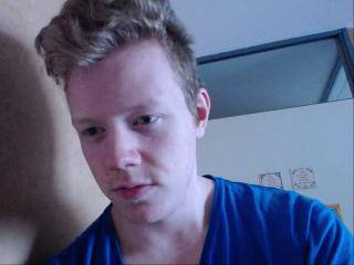 AndyBoy69 - 21years old, White
