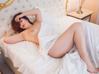 BustyRoxxy - 18years old, White