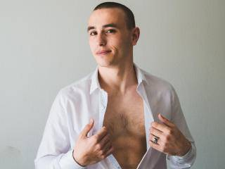 AndrianStrong - 21years old, White