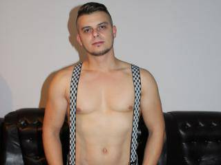 KelvinSteele - 25years old, White