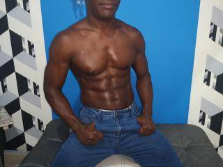 BlackBig - 26years old, Latin