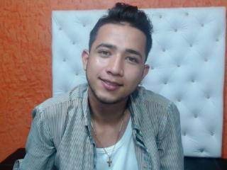 AlexJoseX - 22years old,