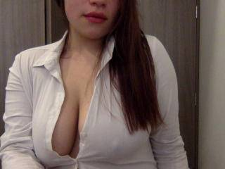 HotBabe69X - 19years old, Latin