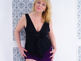 MissIlanitas - 44years old, White