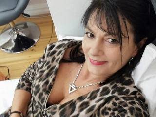 CrystalXBlack - 39years old, White