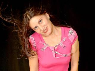 Manuela69Chaude - 40years old, White