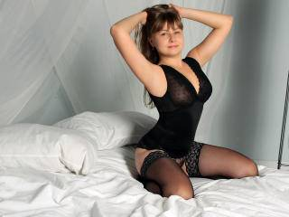 MariaDaisy - 25years old, White