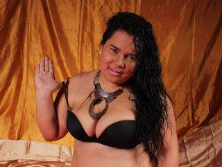CandyLolaBig - 22years old, Latin