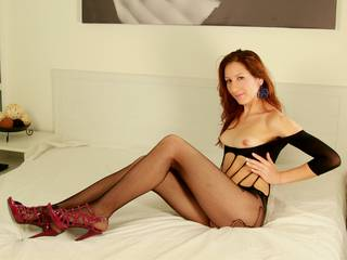 SexyMatureMiss - 30years old, White