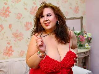 BustyViolet - 38years old, White