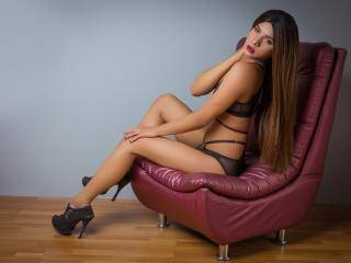 StephanyRipoll - 18years old, Latin